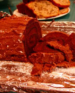 Mangeriez-vous trop juste pour manger ce délicieux gâteau?